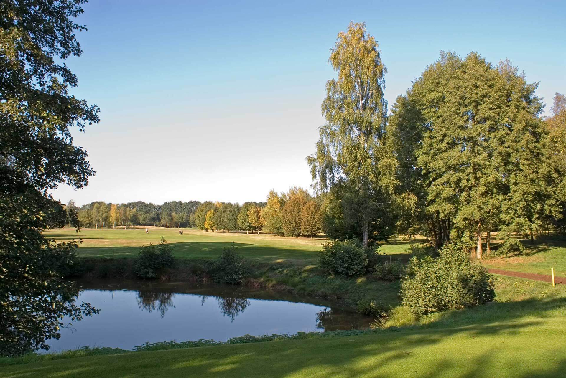https://golfclub-peckeloh.de/wp-content/uploads/2018/02/PICT0305-2.jpg